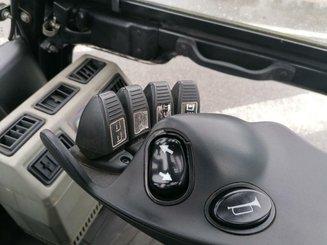Chariot élévateur frontal 4 roues Yale GLP40VX6