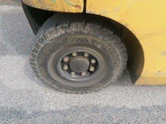 Chariot élévateur frontal 4 roues Caterpillar EP25K-PAC